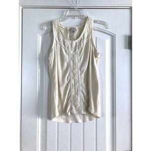 Hinge lace sleeveless top